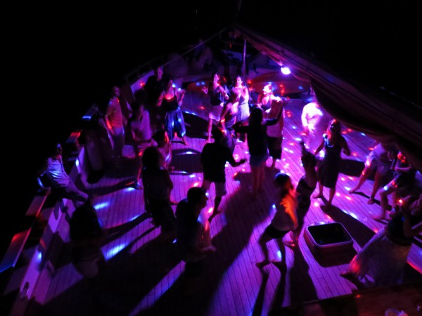 062-yoga-cruise-gallery